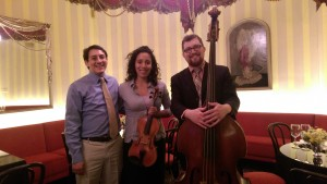 ShawChicago jazz trio performance